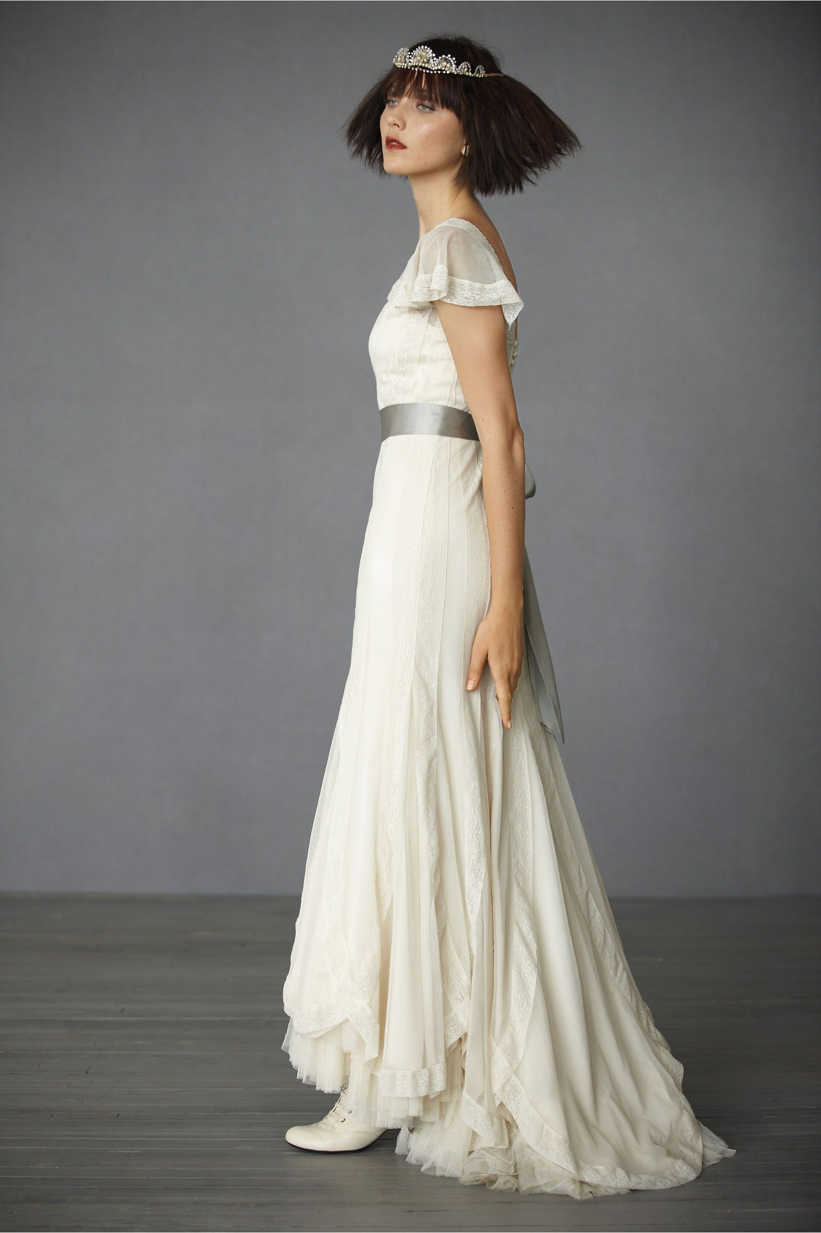Victoria\'s Reign Gown | Reign, Wedding dress and Wedding