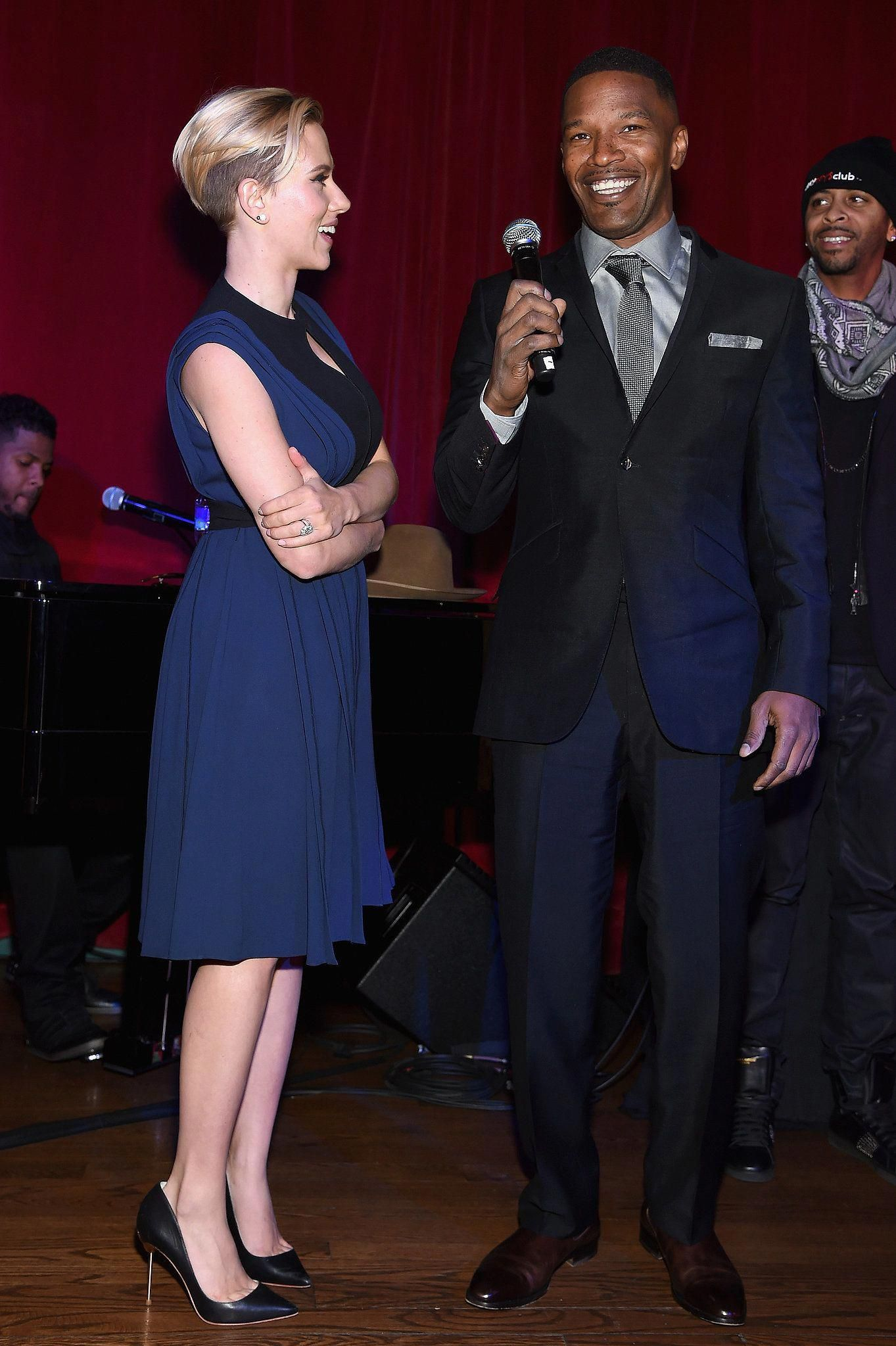 Check Out Newlywed Scarlett Johansson's Wedding Ring!