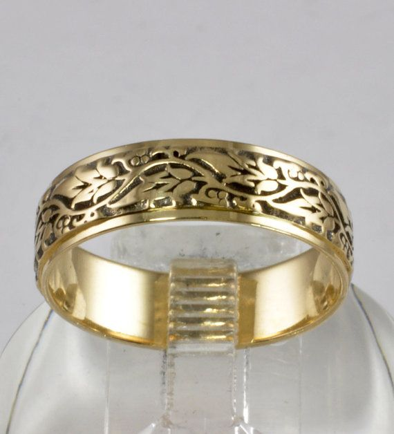 Wedding Ring Vintage Men S Band Vine And Leaf Design 14kt Yellow Gold Size 9 25 C1970s