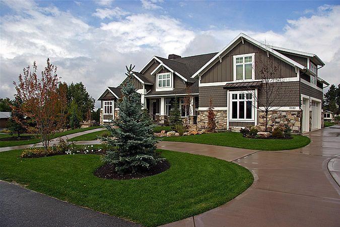 Luxury Homes Custom home builders House exterior