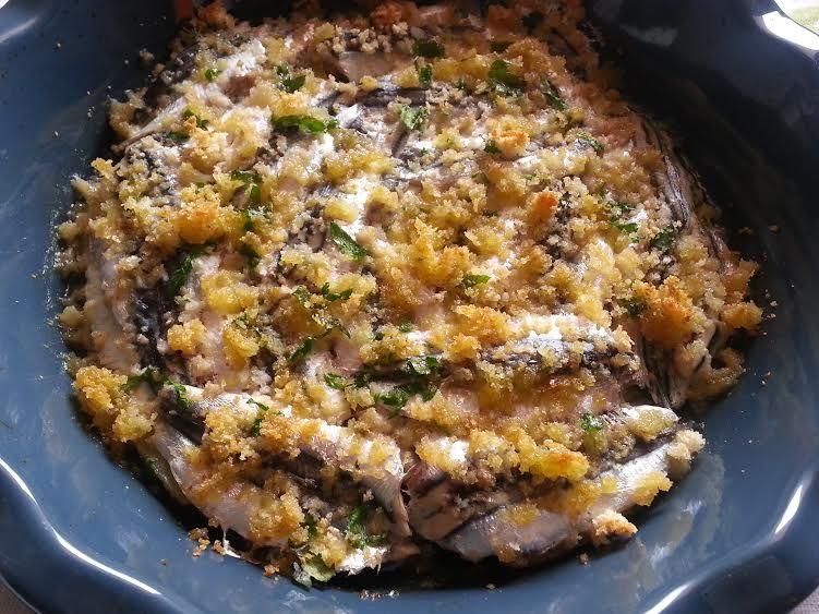 Tiella di alici e patate, in tavola il sapore del mare ...