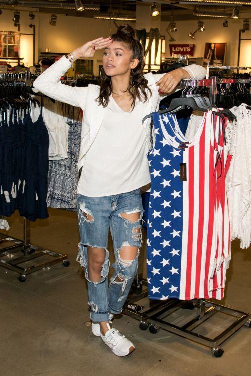 Zendaya Coleman Fashion Style