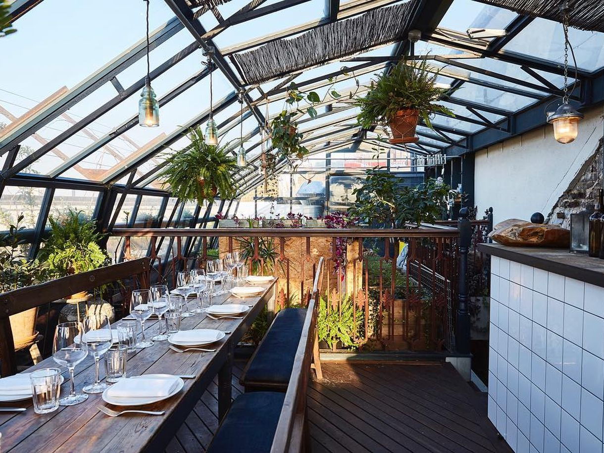 14 Fabulous Rooftops On Which To Eat And Drink In London Best Rooftop Bars Rooftop Rooftop Bar