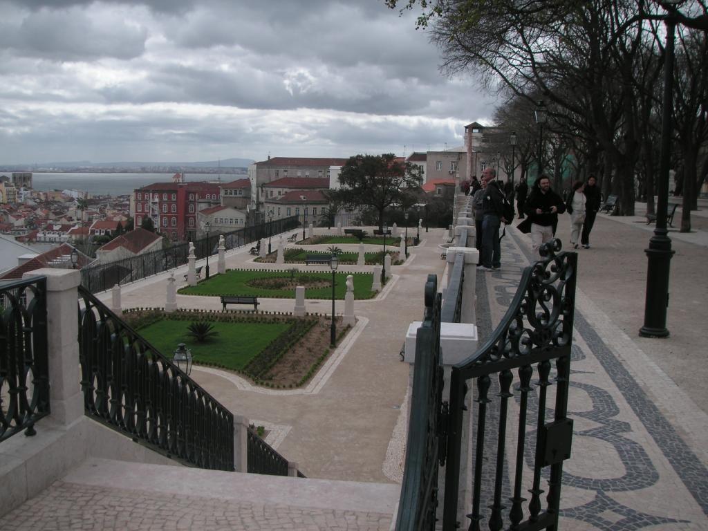 Miradouro de São Pedro de Alcântra