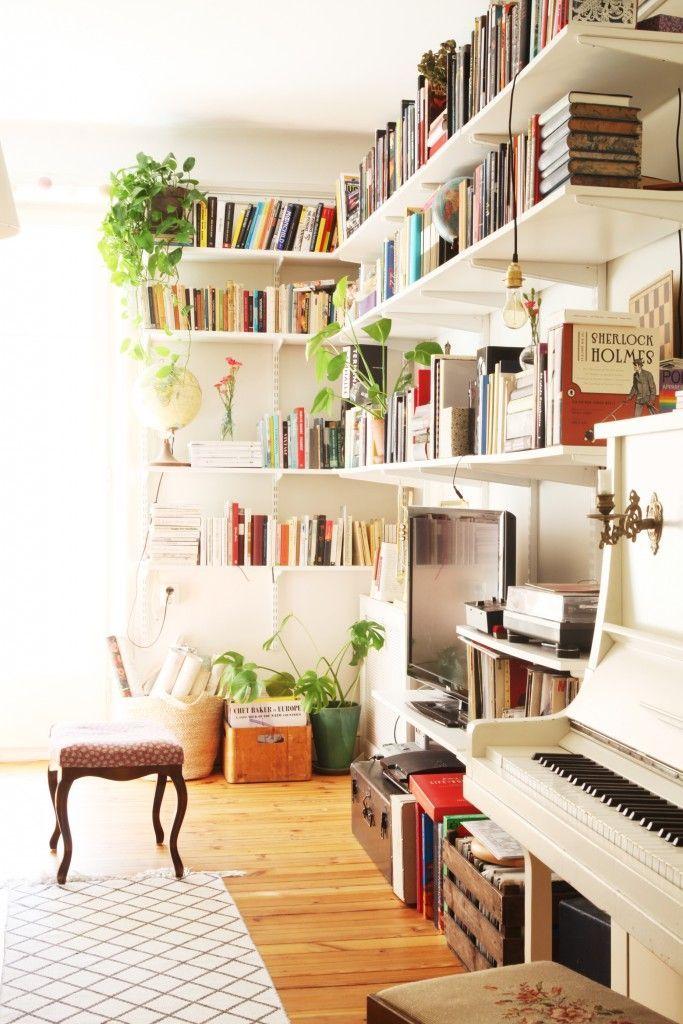bookcases in living room. Platsbyggd bokhylla med arbetsplats  Livingroom Pinterest Bookcase desk Desks and Interiors