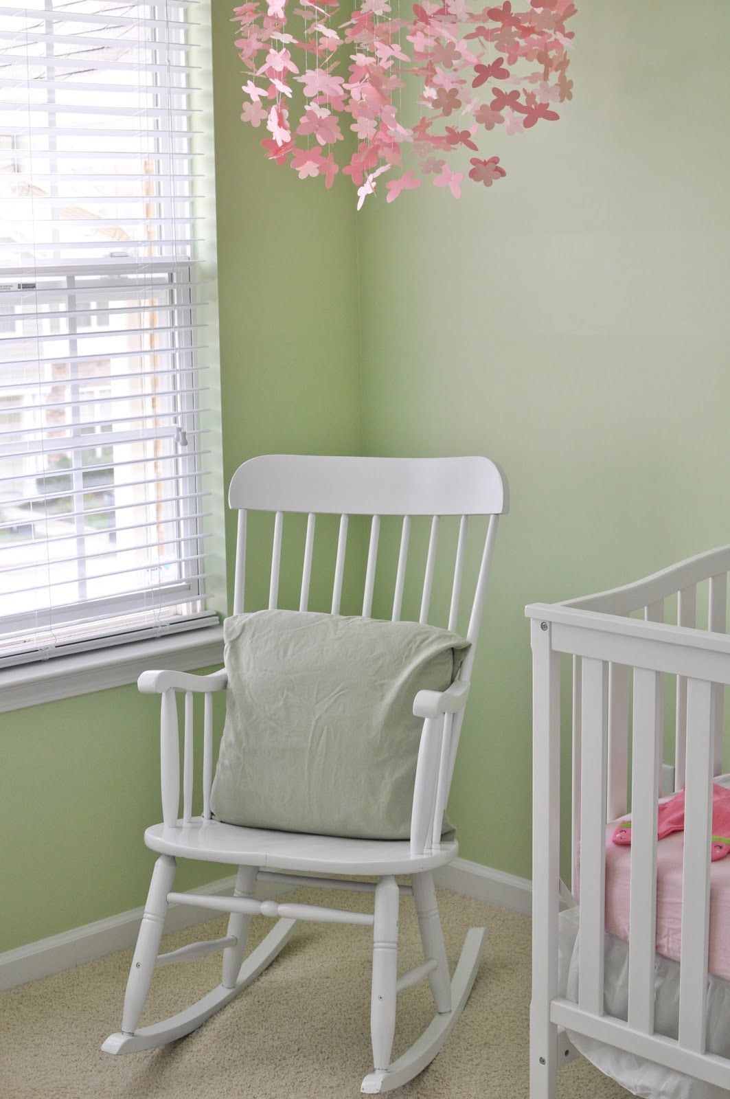 Babyzimmereinrichtung Nursery Sofa Bed - Google Search | Rocking Chair Baby Room