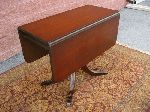 Antique 1940 S Duncan Phyfe Style Mahogany Drop Leaf Table Pedestal Base No Res Ebay Drop Leaf Table Staining Furniture Mahogany Drop Leaf Table