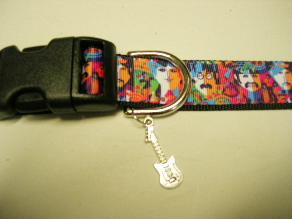 The Beatles Adjustable Dog Collar With Guitar Bling Charm Leashes