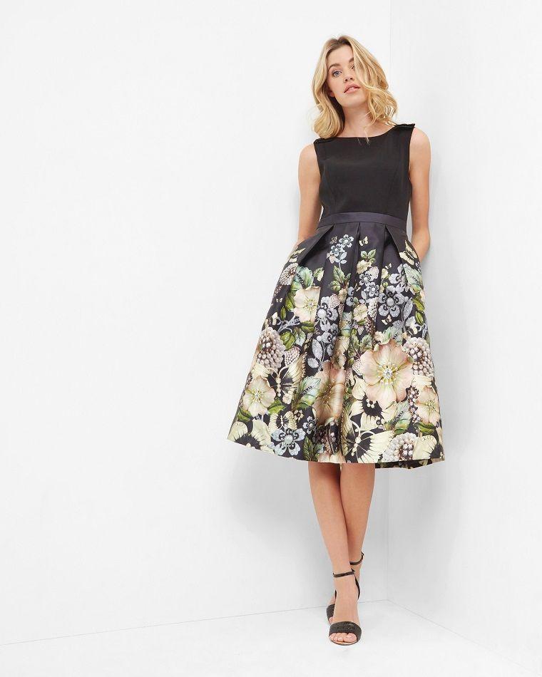 Come vestirsi matrimonio sera estate con una gonna a ruota e un top di  colore nero c8721e21f2a