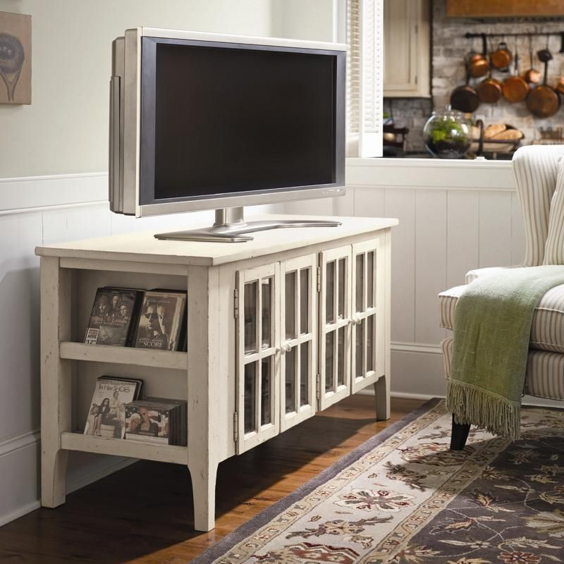 Entertain Your Friends With A Simple Cottage Style Tv Stand Home Living Room