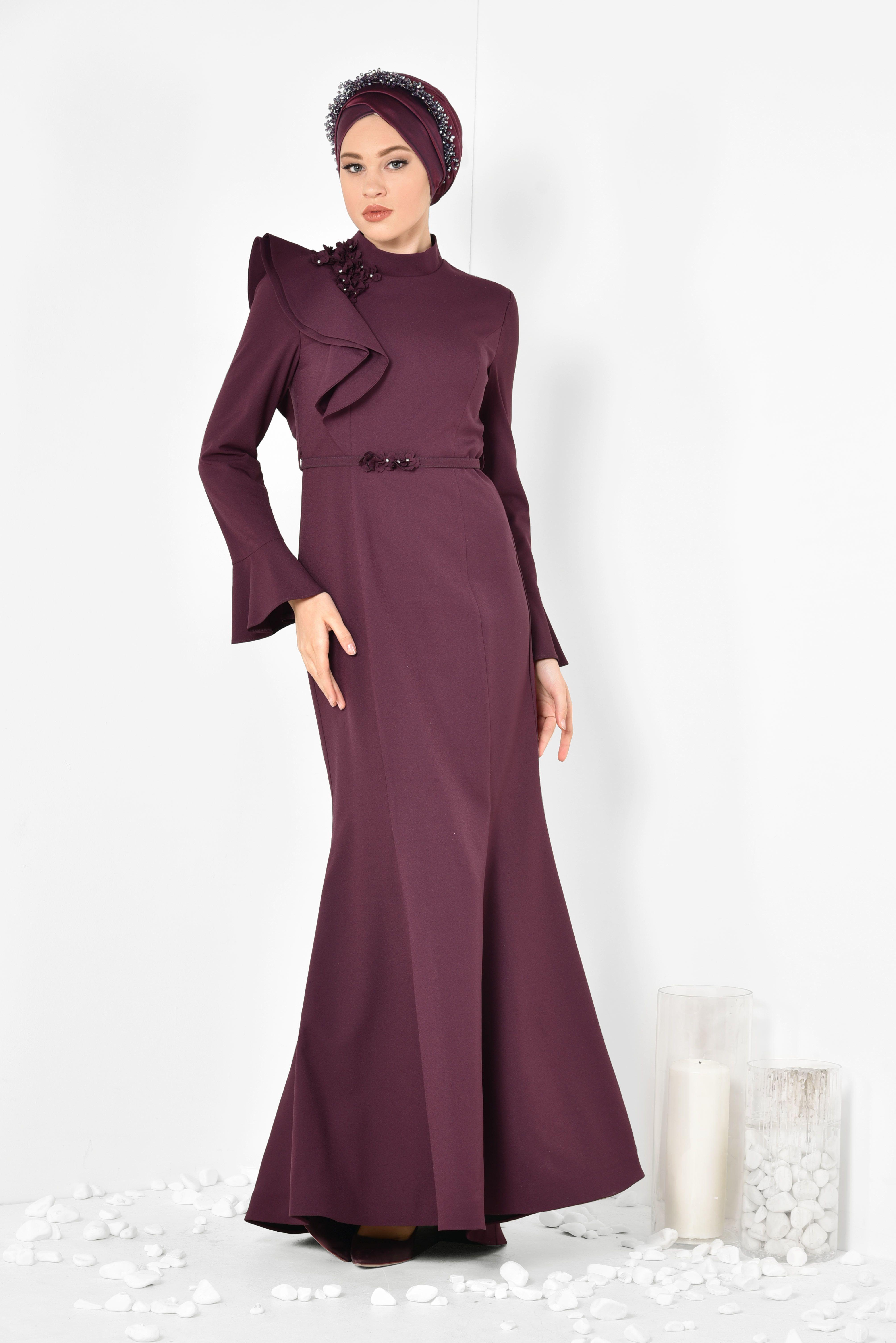 Tek Omuzu Volanli Cicek Detayli Kadin Tesettur Abiye Elbise Alvina Moda Stilleri Elbiseler Elbise