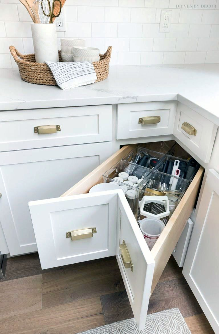 Smal Kitchen Ideas To Transform Your Portable Room Into A Smart Super Organised Space Kitchen Remodel Small Kitchen Design Small Small Kitchen Storage