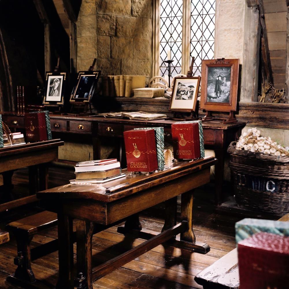 Professor Lockhart S Defence Against The Dark Arts Classroom Chamber Of Secrets Chamber Of Secrets Harry Potter Aesthetic Harry Potter Set