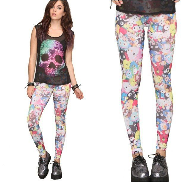 42575df1b Space skull shirt with hello kitty leggings | Hello Kitty Leggings ...