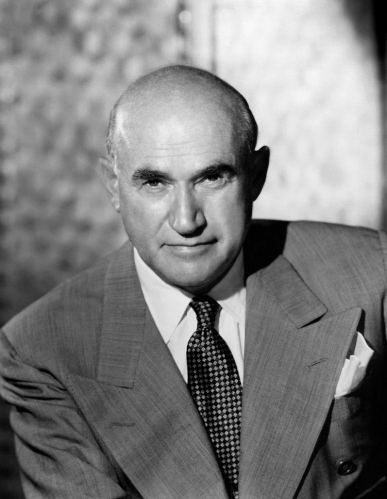 Samuel Goldwyn Born Schmuel Gelbfisz in Warsaw, Goldwyn