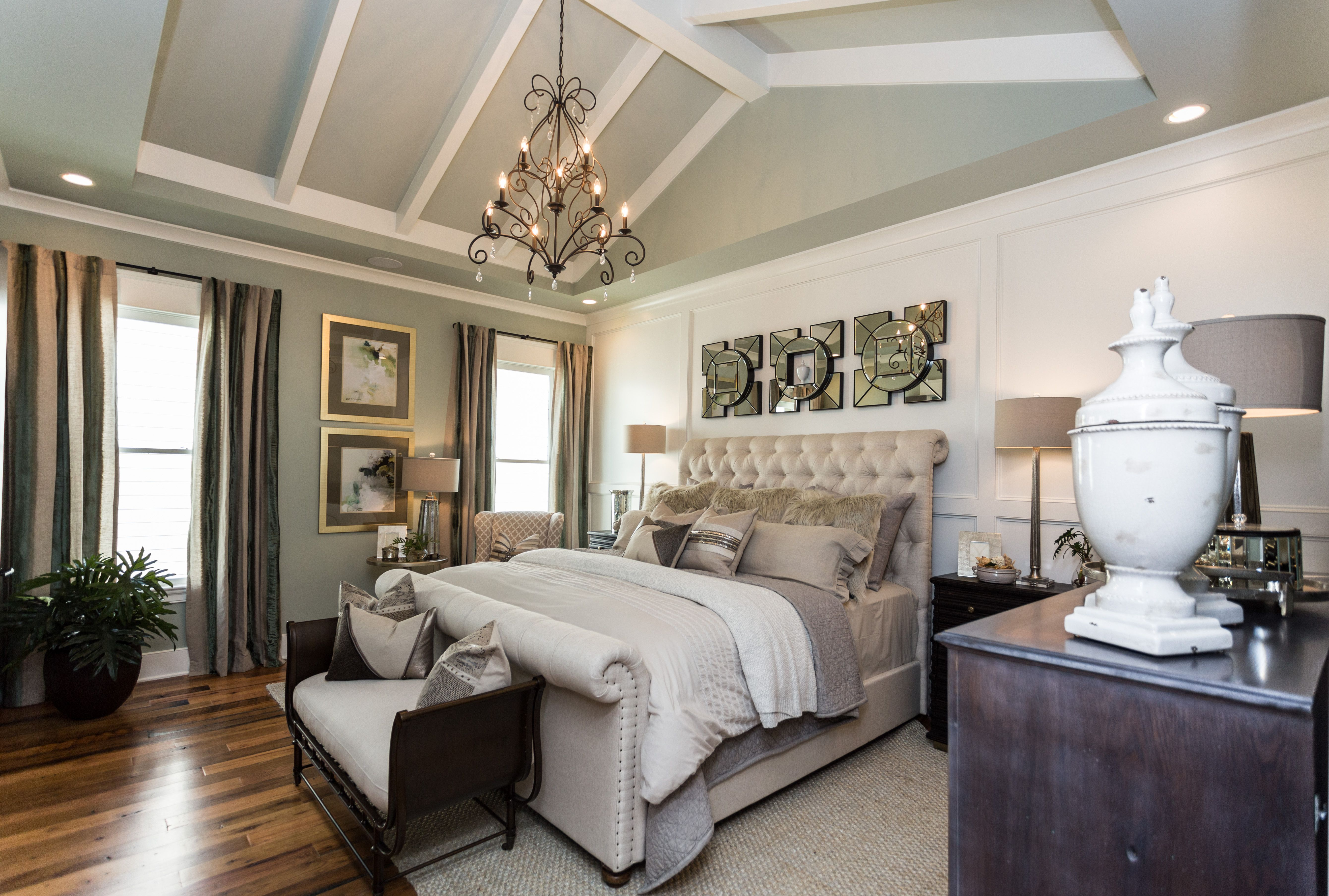 ceiling style & accents #master #bedroom #ceiling #home # ...
