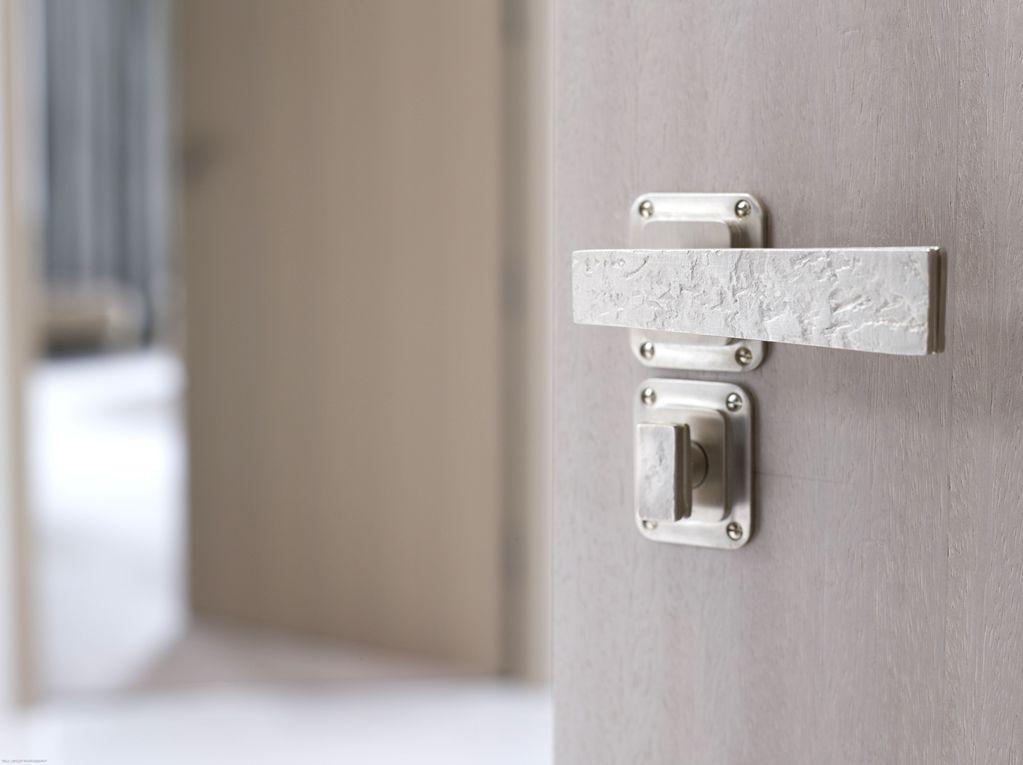 HAUTE DECO :: The haute couture of door knobs   DOORS / KNOBS ...