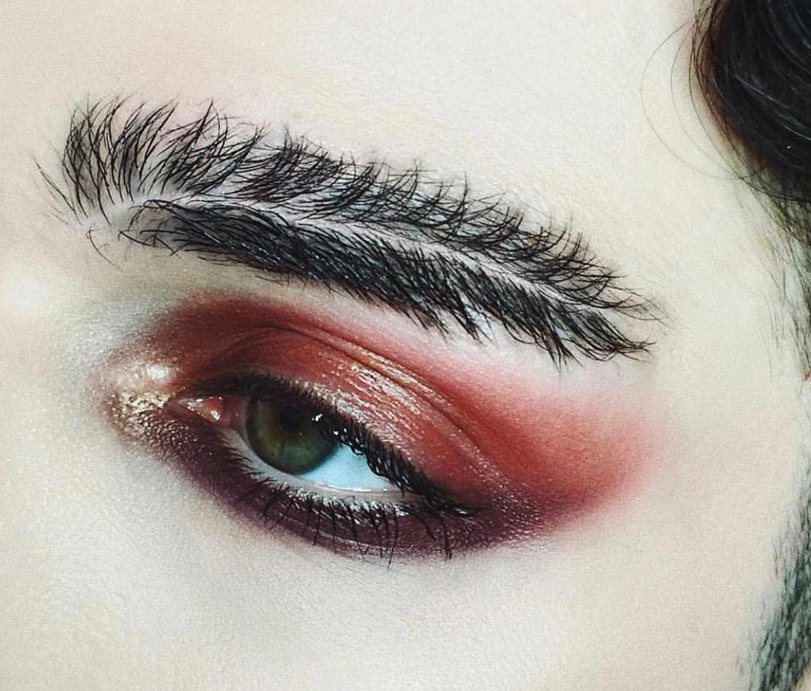 Move Over Thick And Bold Eyebrows Feather Brows Are The New Makeup