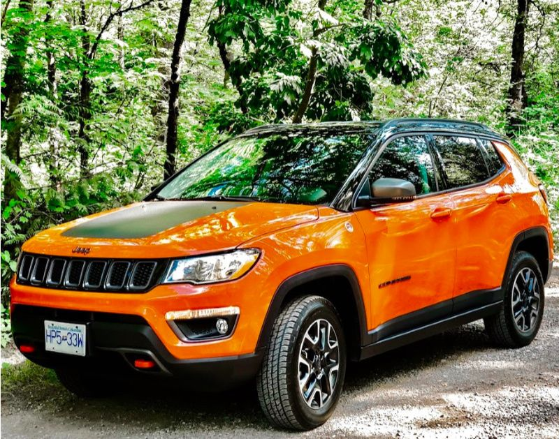 Best Small Suvs For Weekend Adventures A Girls Guide To Cars In 2020 Best Small Suv Small Suv Best Suv