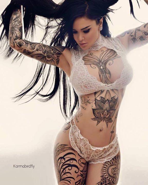 Tattoo Hot Chicks