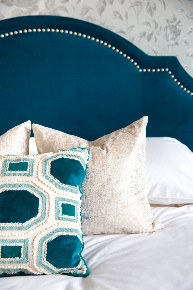 How To Style Your Bed With Pillows Bedroom Inspiration Bed