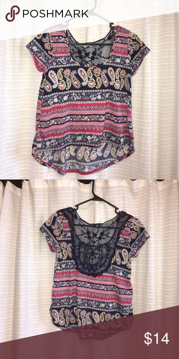 a5e0467b289 Charlotte Russe top Cute paisley pattern top