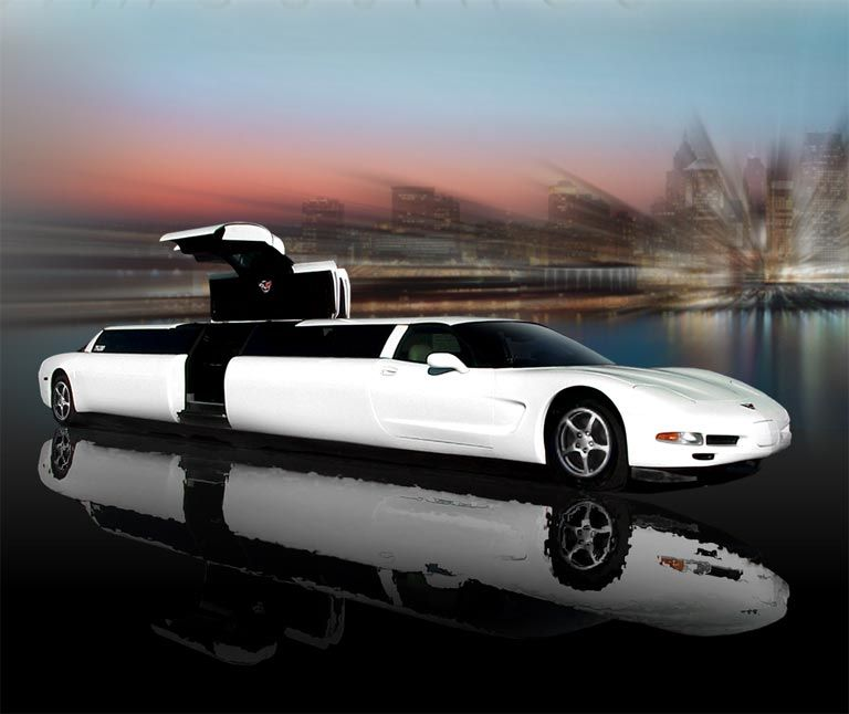 Chevrolet Corvette Limo Arriving At The Prom In Either A Cool Sports Car Or Stretch Limo Will Definitely Draw Attention So Why Not Limusina Corvette Coches