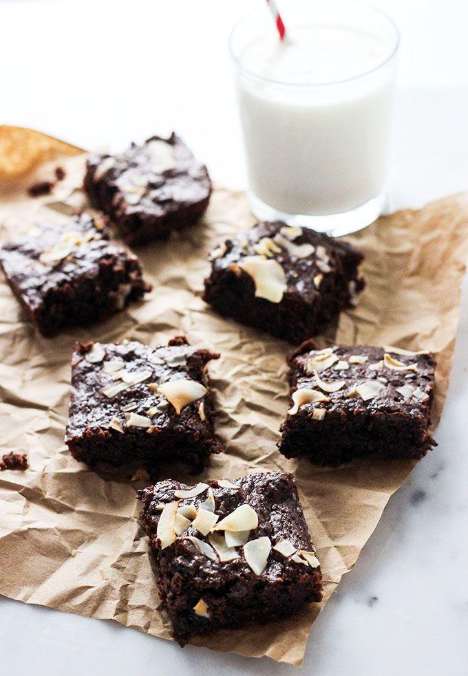 One Bowl Vegan Brownies | Dietitian Debbie Dishes