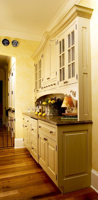 Dutch Made Custom Kitchen Cabinetry - See more in our Portfolio at dutchmade.com