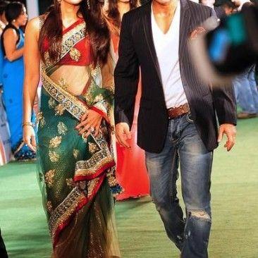 Kareena Kapoor in Green saree | Bollywood dress, Indian ...