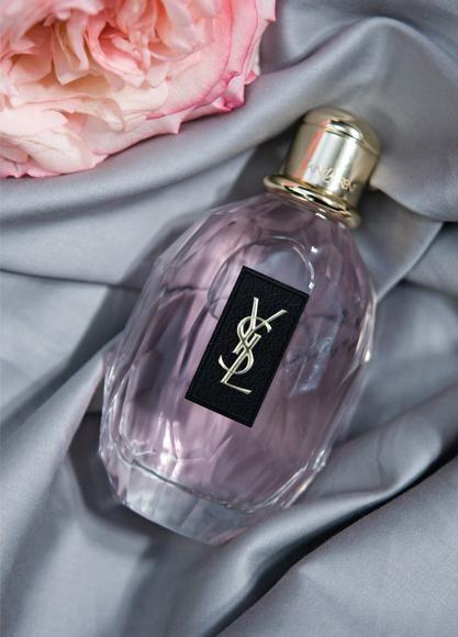 Yves Saint Laurent. Parisienne. The bottle. The logo. The monogram.