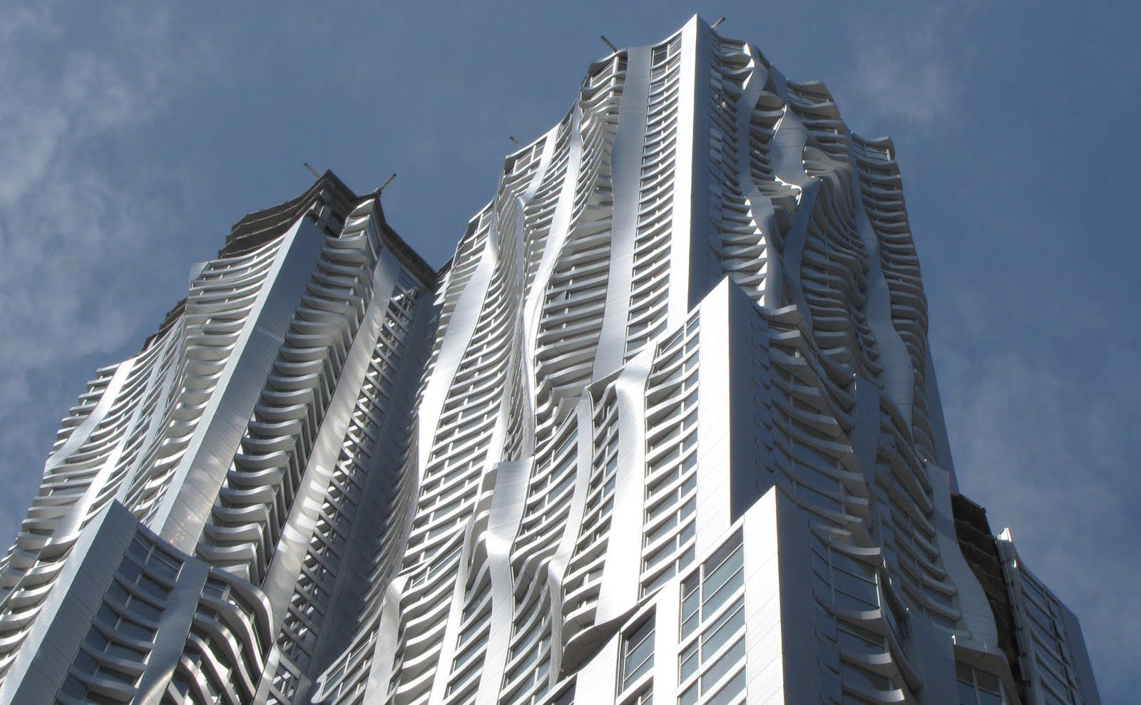 Frank gehry building in las vegas about to have a big for New york architettura