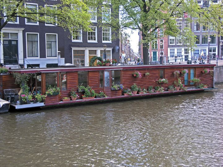 Lovely House Boats: Whatu0027s The Deal? Great Ideas