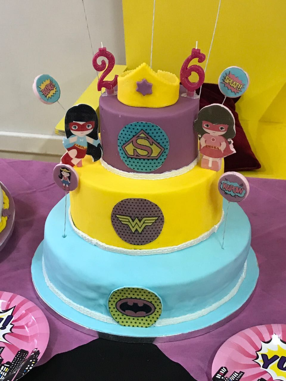 Greta + Carola Superheros Birthday Party