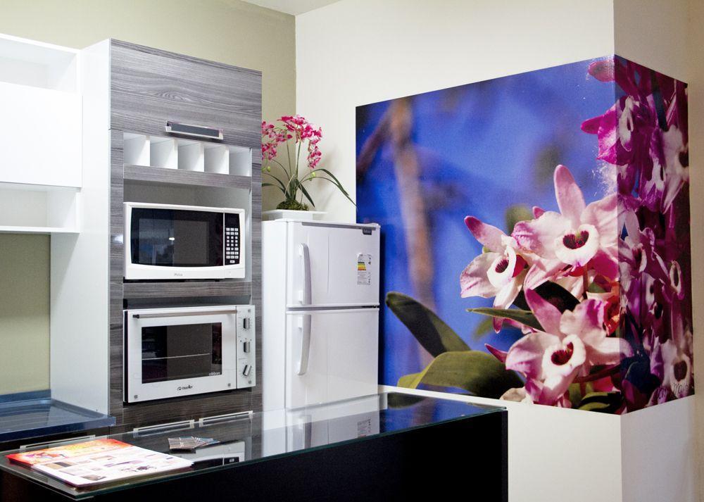 Para Dividir O Ambiente Da Cozinha E Da Sala Foi Utilizada Uma