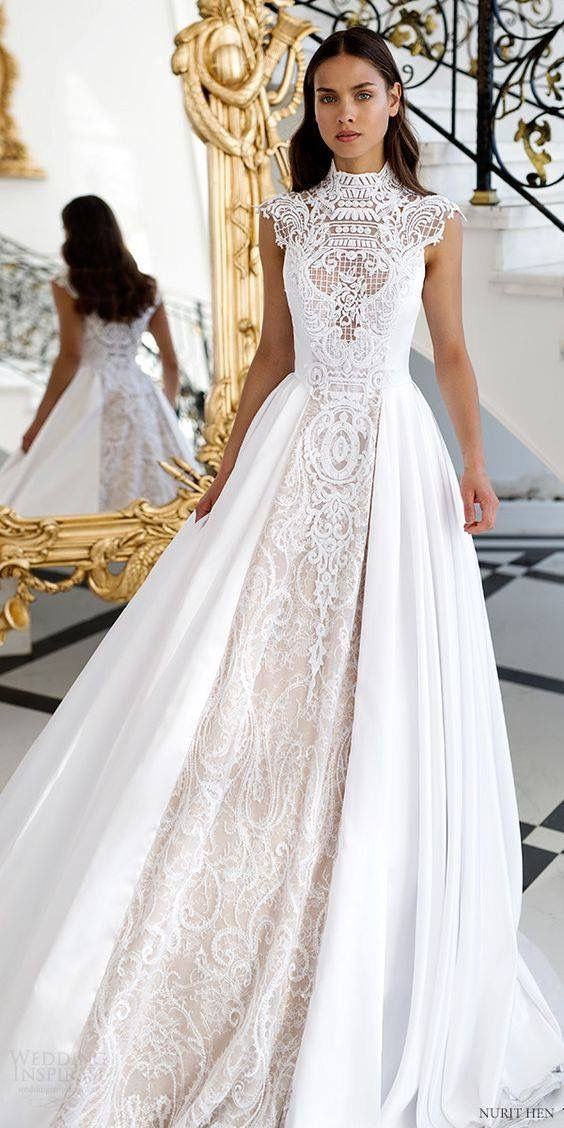gorgeous & romantic wedding gown with lace insets   Vintage Style ...