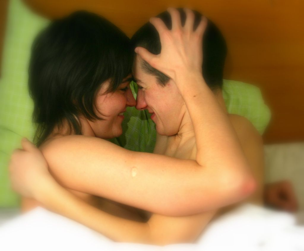 Pin By Robyn Cartwright On Love Relationship Lesbian Marriage