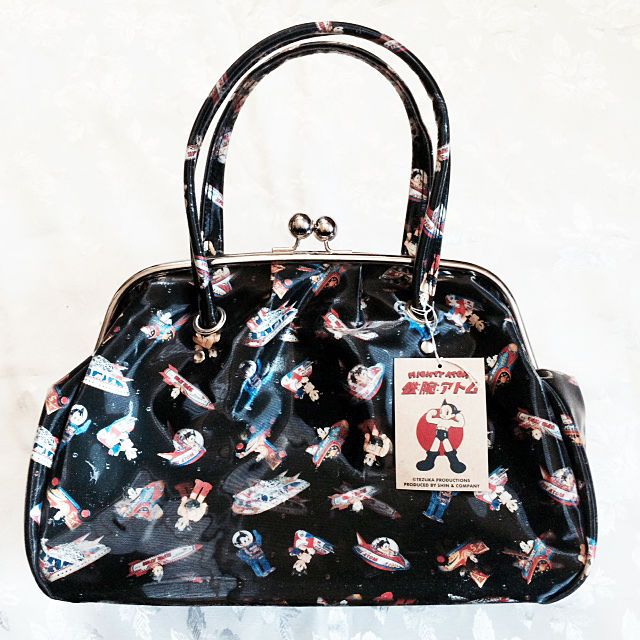 So Cute Lenticular Frame Purse Featuring Mighty Atom The Original Astro Boy From Japan Brand New With Original Tezuk Purses Purses And Handbags Frame Purse