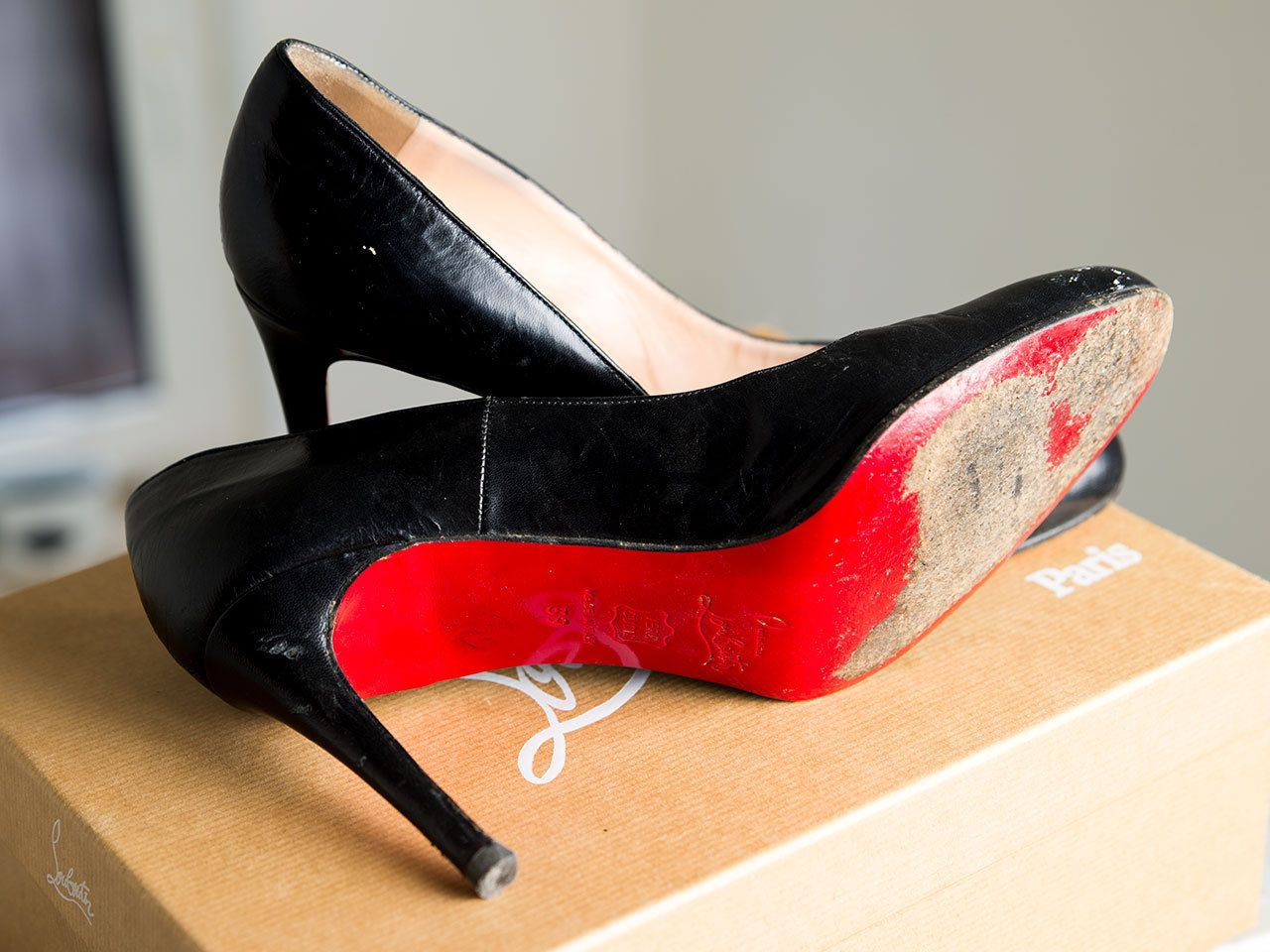 a2421837308 My used   trashed Office Louboutin Heels for SALE! www.ebay.de ...
