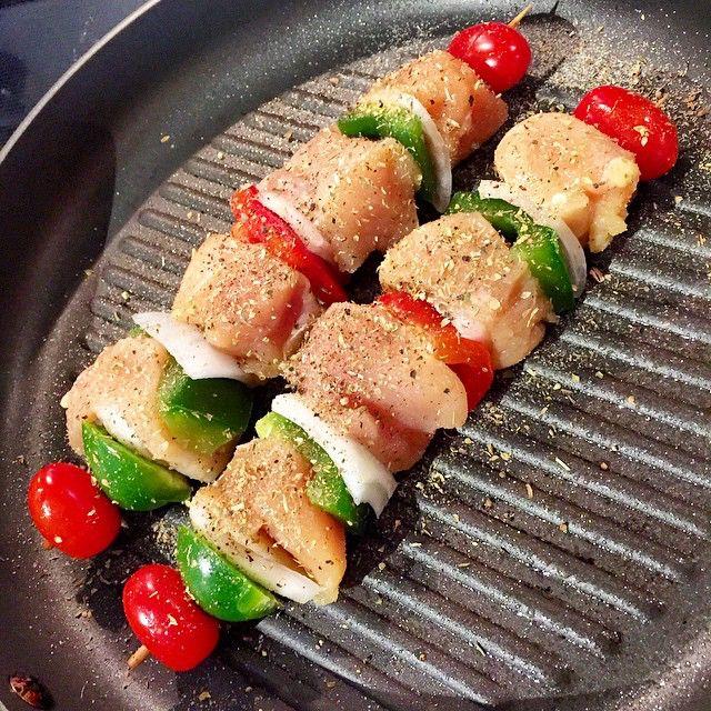 Comer Pechuga De Pollo Es Medio Aburrido Por Eso Hay Que Inventar Nuevas Opciones Para Variar Y Darles Sabor Una De Mis Fa Light Recipes Food Chicken Recipes