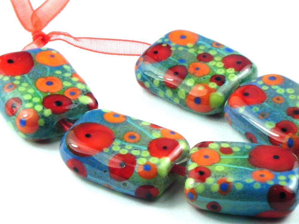 Moogin - enamelled poppy rectangles lampwork beads