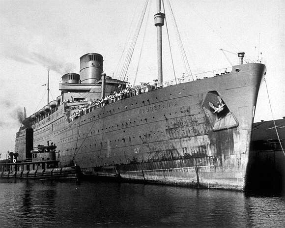 Mauretania Ii During Ww2 Serving As A Troop Ship Ww2 Warships