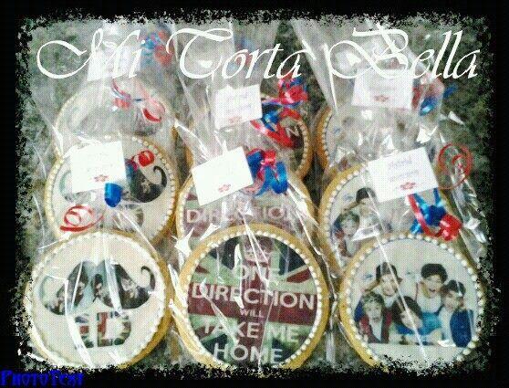 Galletas circulares con papel de azúcar One Direction