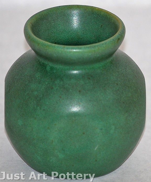 Teco Pottery Matte Green Vase 201a From Just Art Pottery Pottery