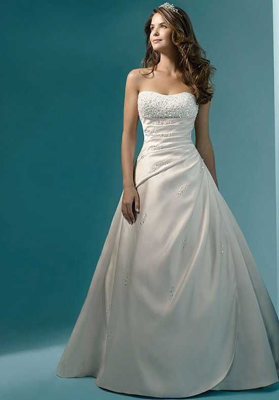 Alfred Angelo Signature Bridal Collection 1136 A Line Wedding Dress