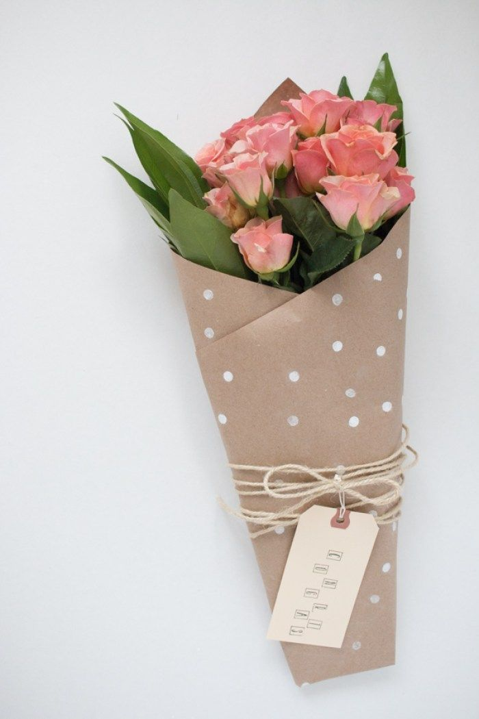 10 DIY Ways To Wrap A Flower Bouquet For A Gift | Flores | Pinterest ...