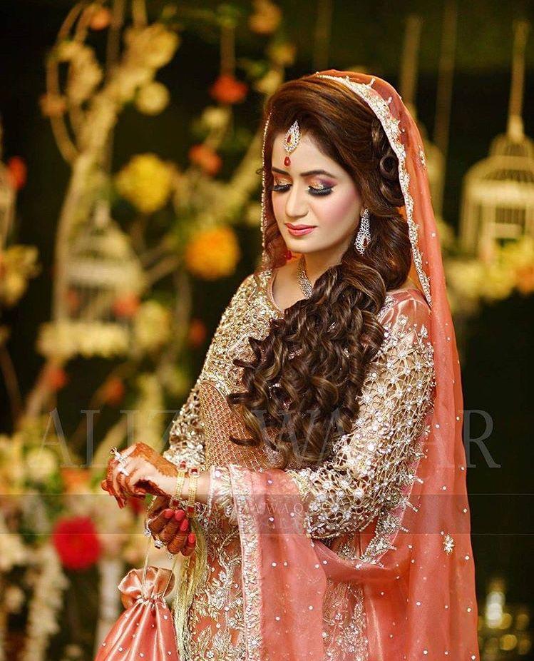 Pin de Attractive fashion style en valima (reception) brides and ...