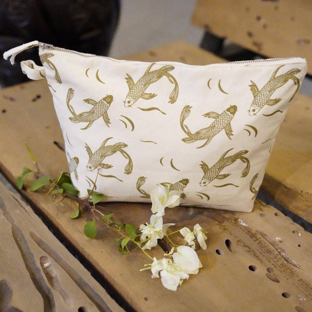 Sakana Recycled Cotton Wash Bag in Herb