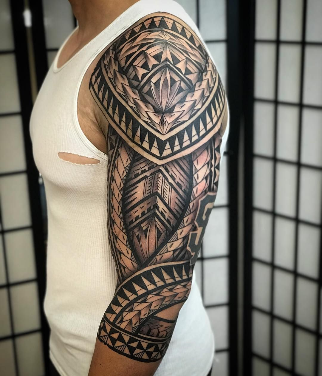 sleeve tattoo idea maori tatuagem ideias de tatuagens. Black Bedroom Furniture Sets. Home Design Ideas