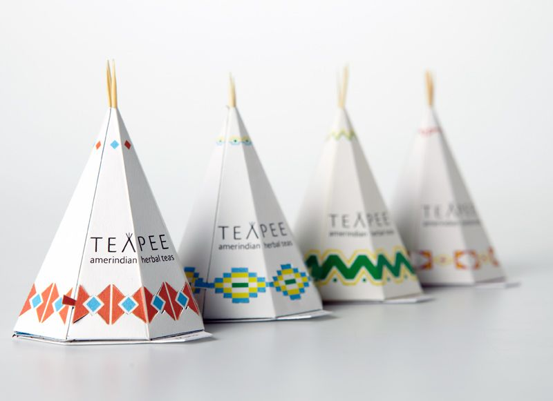Teapee is a nice way to discover a total experience in the flavor of tea from North American tastes and virtues which were discovered long before the arrival of the first French settlers on the soil of North America. Beautifully designed, These small sculptures reveal a paper bag with a unique shape that allows an infusion in any style. Patterns, forms and structure are combined in an ode to a civilization almost disappeared and now seeks to find the roots of its founding culture.